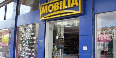 Ameublement en kits la famille idrissi revient 100 for Mobilia international