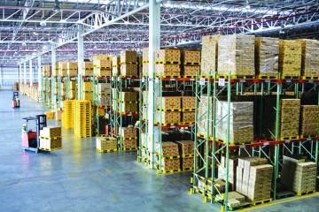 En attendant, les zones logistiques multiflux (ZLMF) qui peinent à sortir de terre, les opérateurs privés développent des plateformes logistiques.