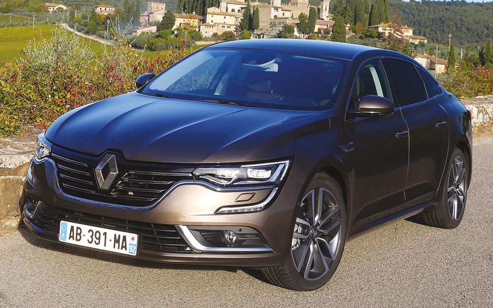 nouveaut renault talisman retour aux affaires. Black Bedroom Furniture Sets. Home Design Ideas