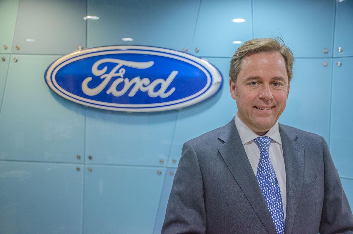 Ford Finance Ses Clients Avec Ford Salaf