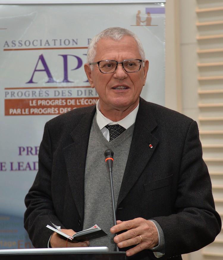 Driss BENHIMA, Ancien Ministre, Ancien Wali, Ancien président de plusieurs entreprises publiques et privés et actuellement consultant international.