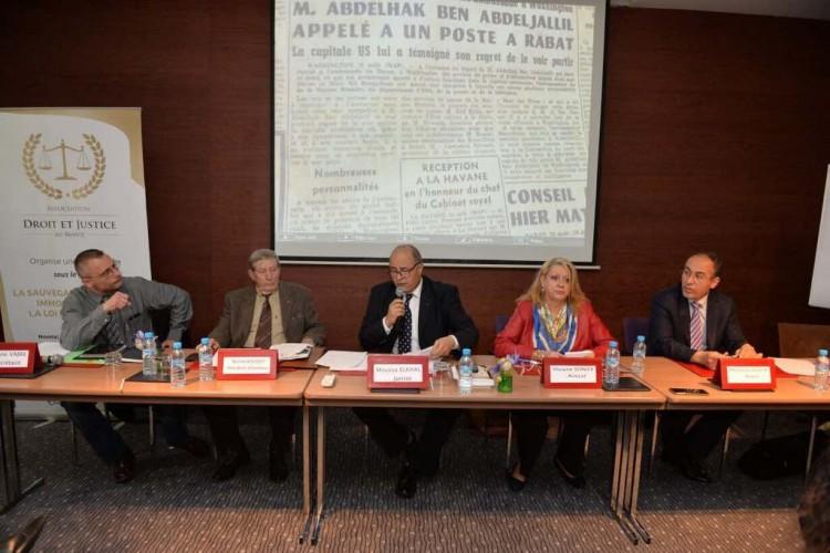 De gauche à droite : Stépahne Vabre, SG de l'Association Droit et Justice au Maroc, Pr Michel Rousset, juriste, Moussa Elkhal, juriste, Me Viviane Sonier, avocate au Barreau de l'Ardèche et Me Messaoud Leghlimi, avocat.