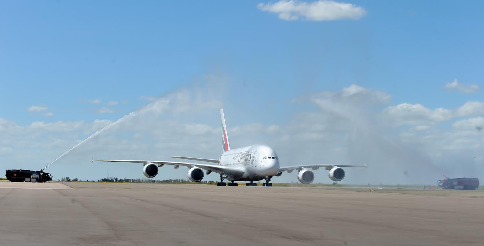 casablanca accueille le plus grand avion commercial au monde. Black Bedroom Furniture Sets. Home Design Ideas
