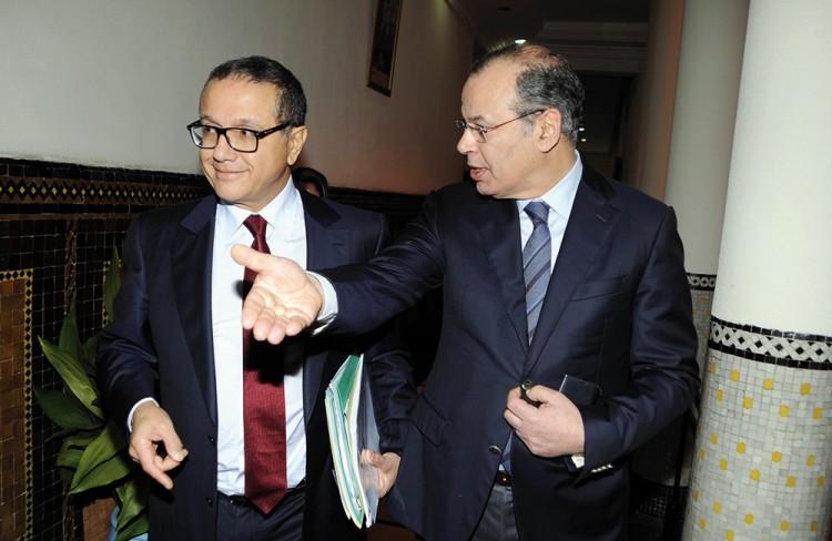 Mohamed Boussaid, ministre de l'Economie et des Finances et Omar Faraj, directeur général de la Direction Générale des Impôts (DGI)