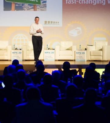 John Chaplin, président d'Ixaris Systems Ltd., lors de l'édition 2015 du PowerCARD Users Meeting