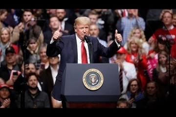Donald Trump, président des États-Unis, lors du rally en Harrisburg en Pennsylvanie