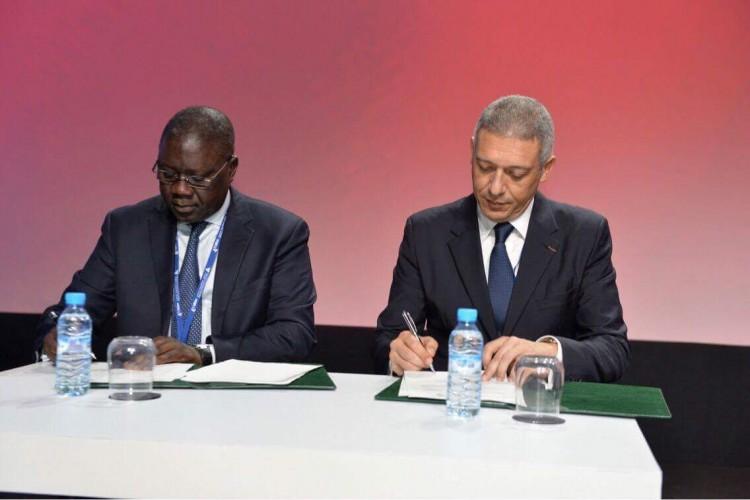 Mor Adj, président de la FSSA et Mohamed Hassan Bensalah, président de la FMSAR