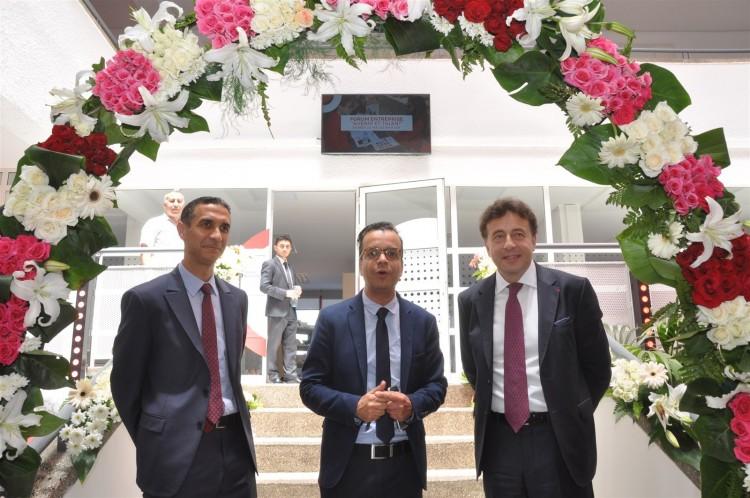 Mohamed Derrabi, directeur du campus TBS Casablanca, Abdelkhalek Zyne, PDG d'Equity et François Bonvalet, DG de TBS
