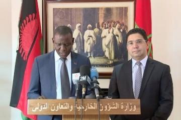 Francis Kasaila, ministre des Affaires Étrangères du Malawi et Nasser Bourita, ministre des Affaires Étrangères du Maroc