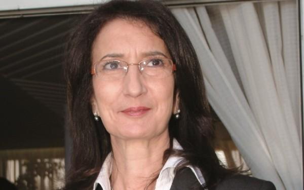 Amina Benkhadra 1