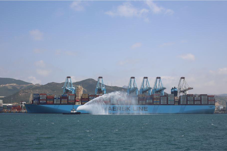 Le géant « Madrid Maersk » amarre à Tanger Med | Challenge ma