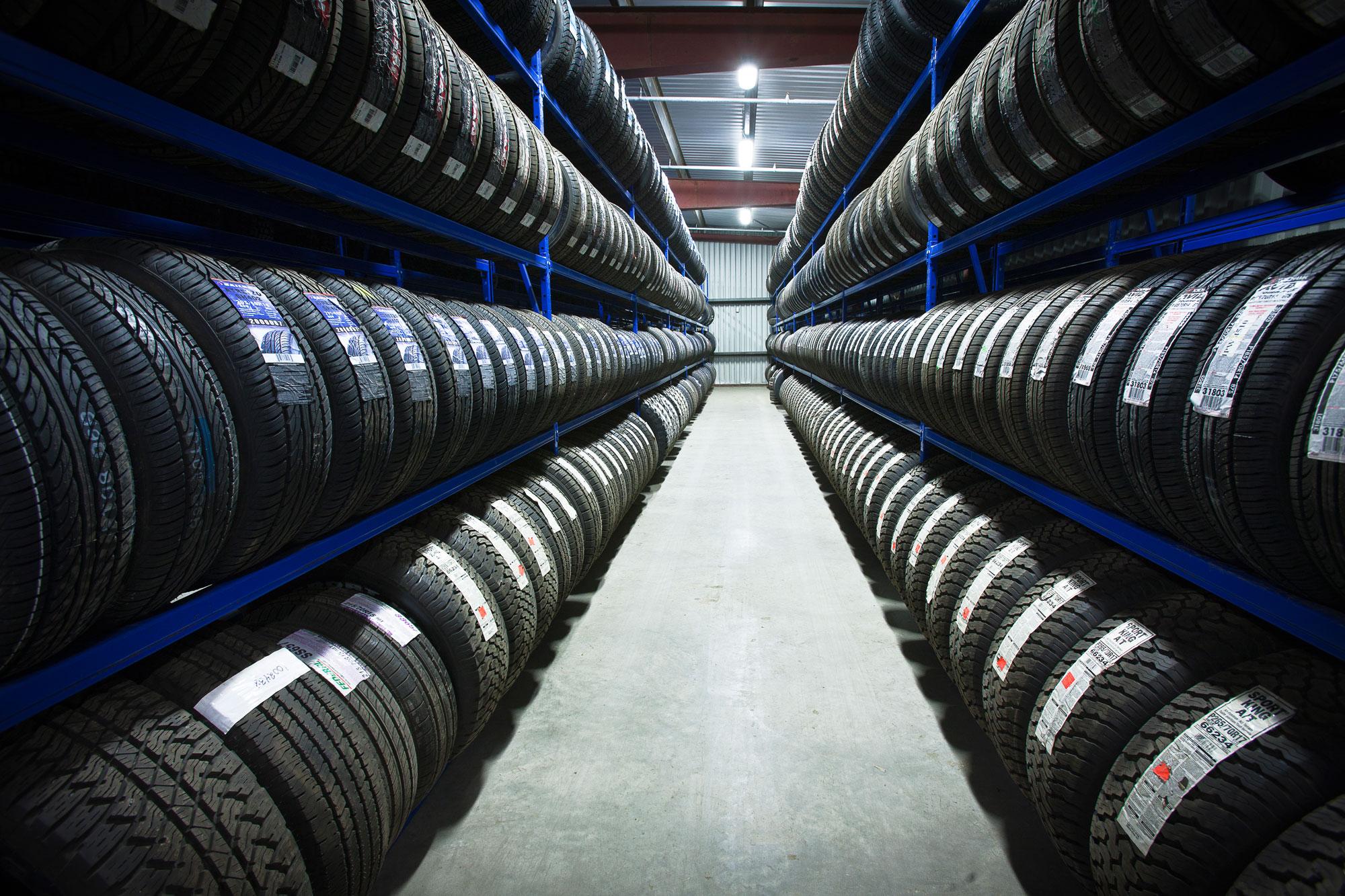 un investissement de 250 millions de dollars dans une usine de pneus k nitra. Black Bedroom Furniture Sets. Home Design Ideas