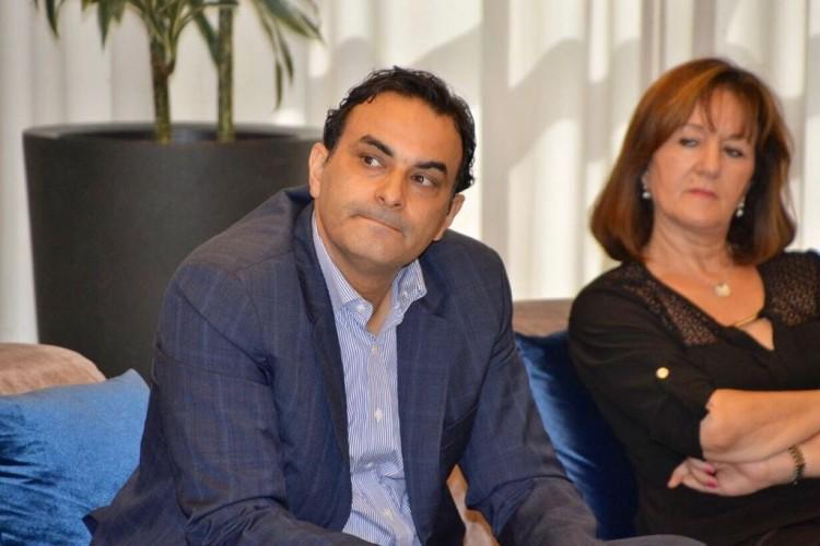 Redouane Mfadel, modérateur et Soumaya Naamane Guessous, membre du comité scientifique de l'Observatoire Wafasalaf