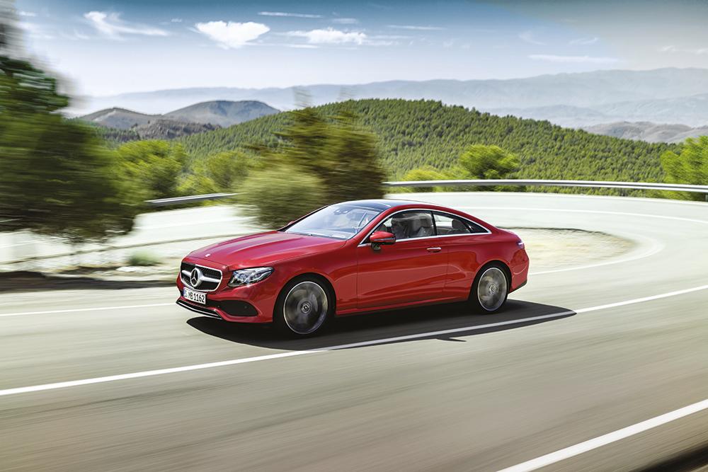 Volkswagen et Mercedes-Benz misent pleinement sur l'électrique
