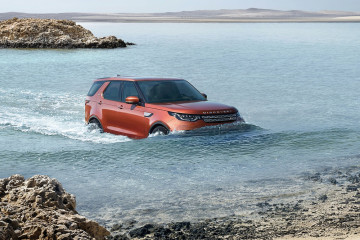Land_Rover-Discovery-2017-1600-39