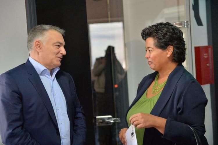 Emmanuel Exposito, COO de Afineety et Jennifer Rasamimanana, consule générale des États-Unis au Maroc