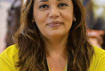 Sana Smyej, fondatrice de l'agence « Publikart »