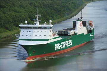 Le MV Miramar Express dispose de cabines pour 12 conducteurs et d'une capacité de 1624 mètres linéaires.