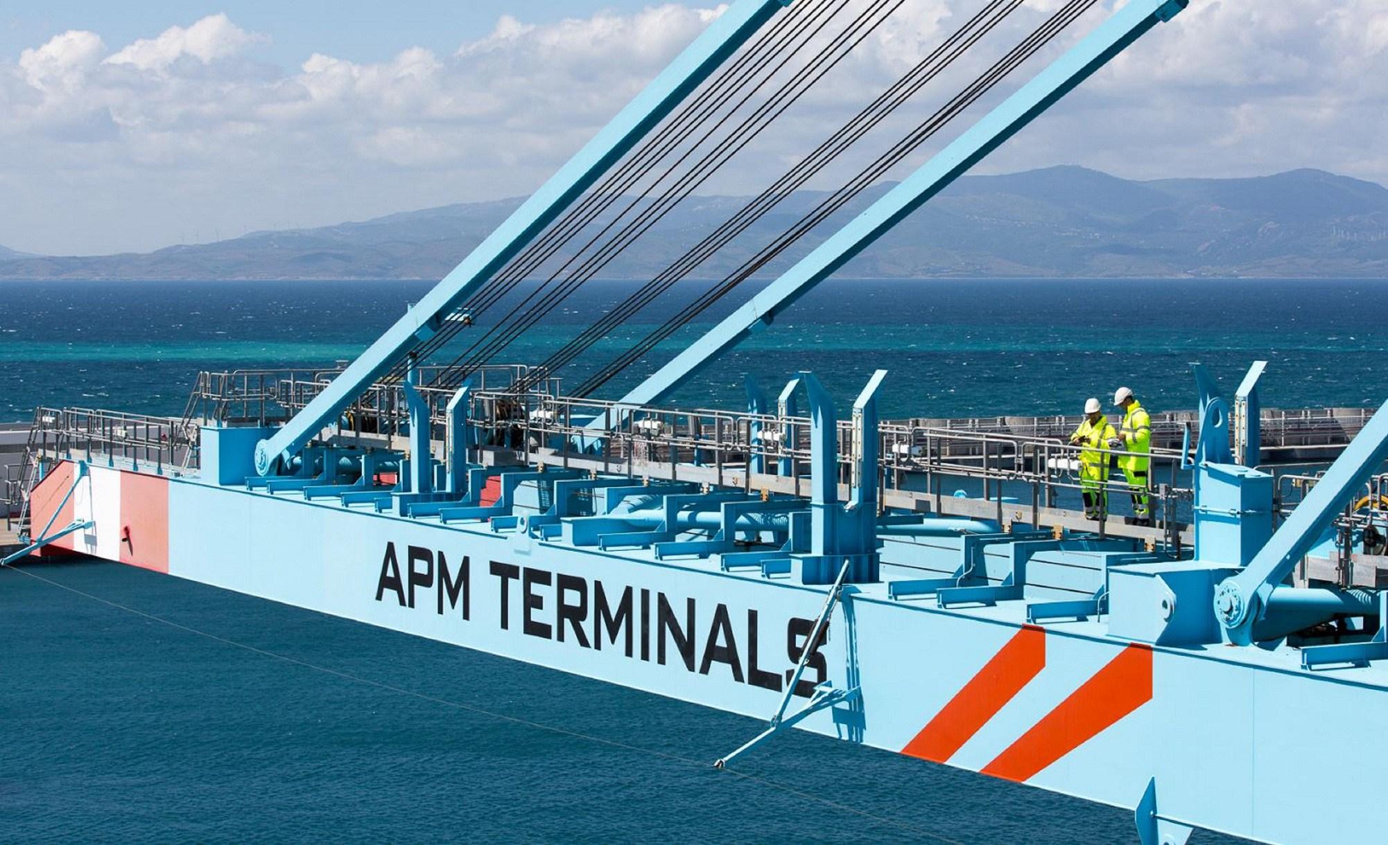 APM Terminals reçoit ses trois premiers portiques STS