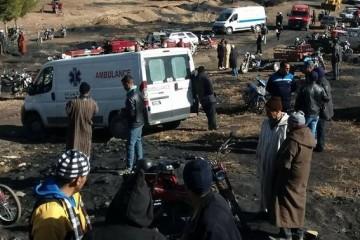 Un groupe d'individus a délibérément empêché les autorités d'intervenir pour porter secours à cette personne en danger.