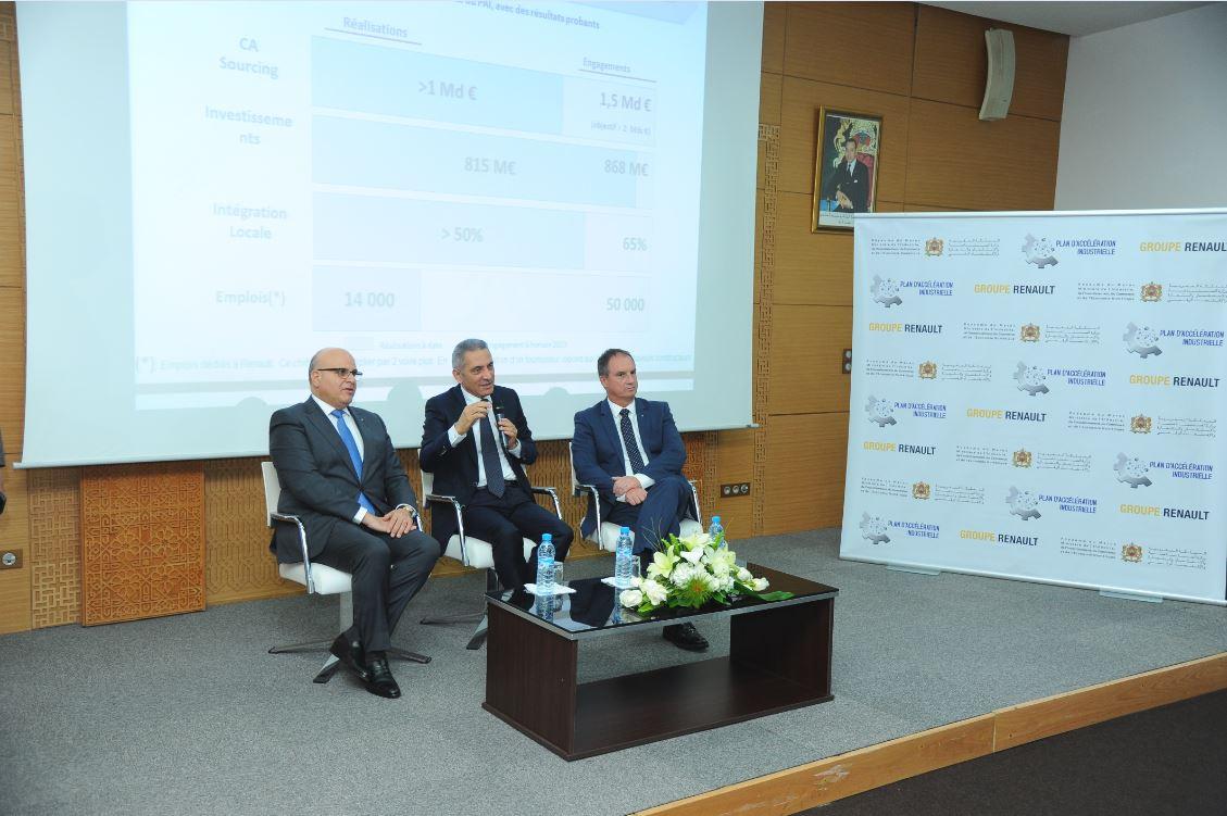 Marc Nassif, DG du Groupe Renault Maroc, Moulay Hafid Elalamy, ministre de l'Industrie, de l'Investissement, du Commerce et de l'Économie numérique et Fabrice Cambolive, directeur des opérations de la région Afrique, Moyen-Orient et Inde