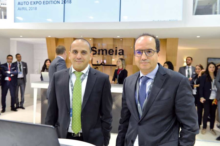 Rezk Blaghmi, directeur marque Jaguar Land Rover Maroc et Rachid Fadouach, DG de Smeia.
