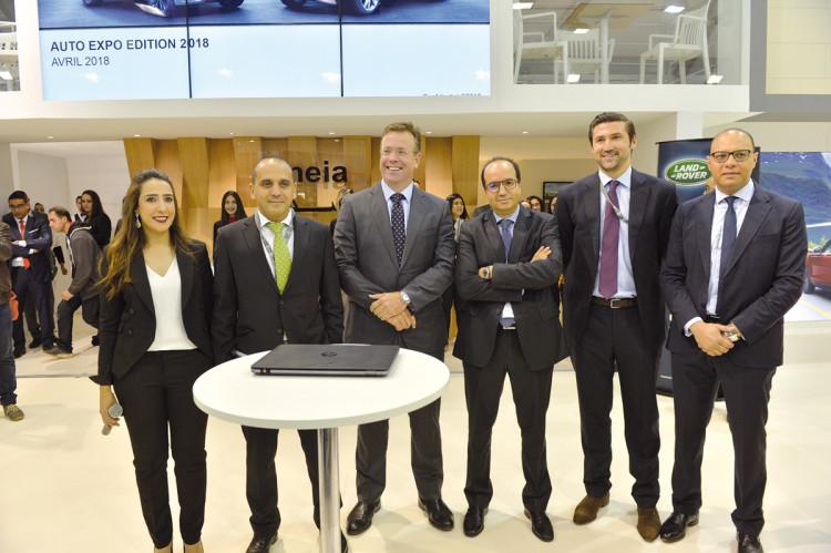 Hajar Bababrik, directrice marketing et communication, Rezk Blaghmi, directeur marque Jaguar Land Rover Maroc et Rachid Fadouach, DG de Smeia.
