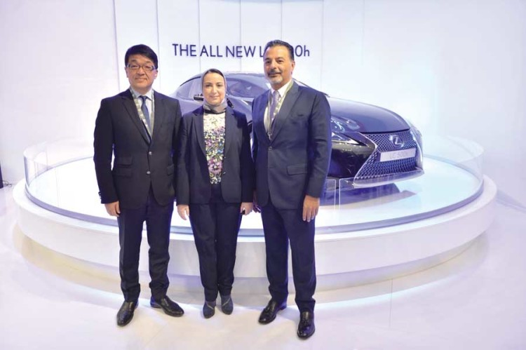 Toshimitsu Imai, CEO de la région Afrique de Toyota et Salma Moukbil, DG de Toyota Maroc.
