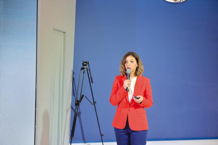 Lamia Ameur, directrice marketing de Renault Commerce Maroc.