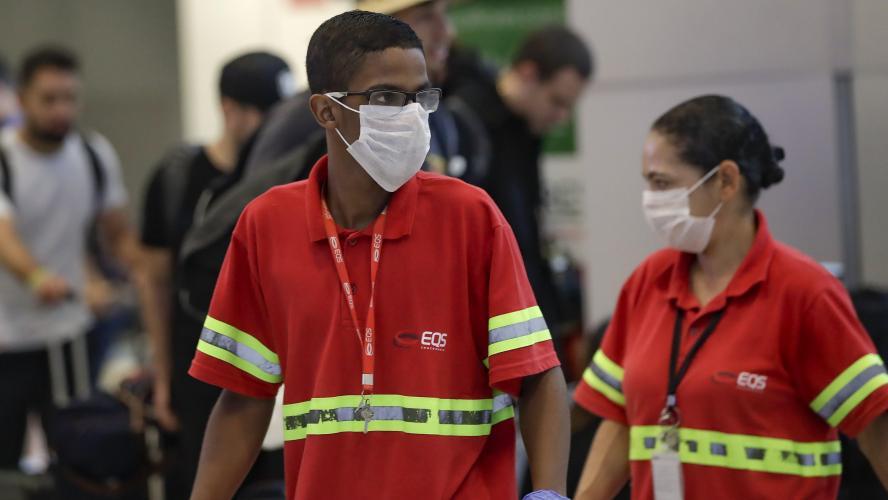 Brésil, premier de l'Amérique latine touché par le coronavirus